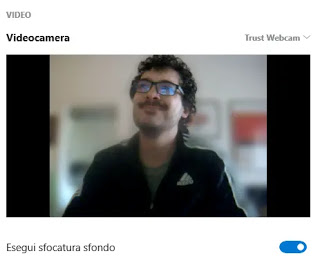 hide videochat background