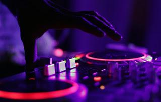 DJ programs